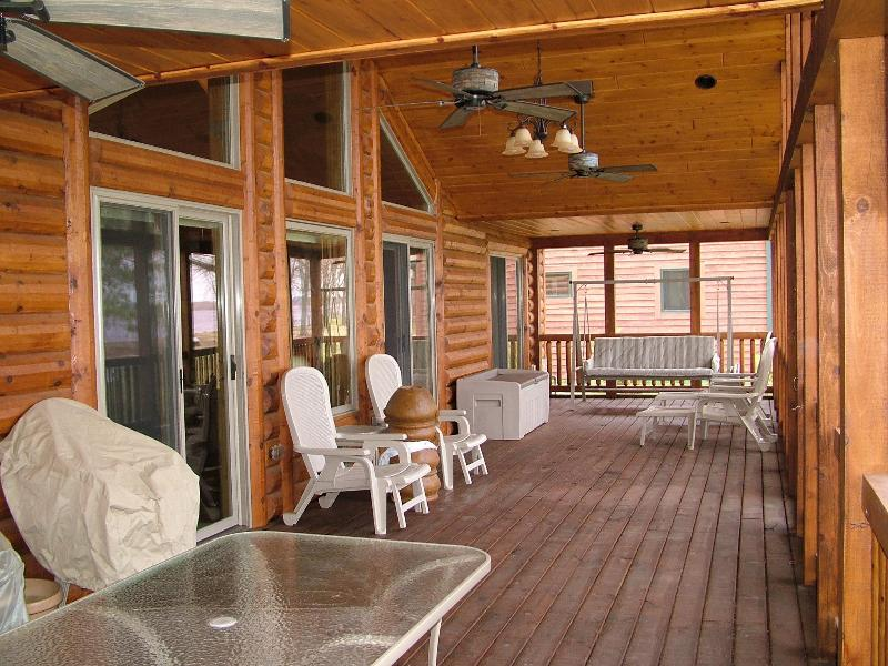 Lake Escape on Castle Rock Lake, near WI Dells - Image 1 - Necedah - rentals