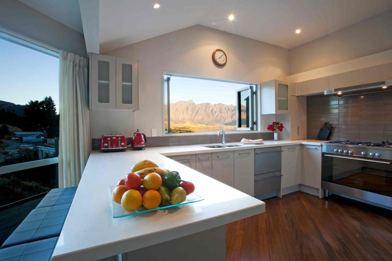 Gourmet Kitchen with great views. BBQ on deck outside kitchen window. - REMARKABLE VISTA - Queenstown - rentals