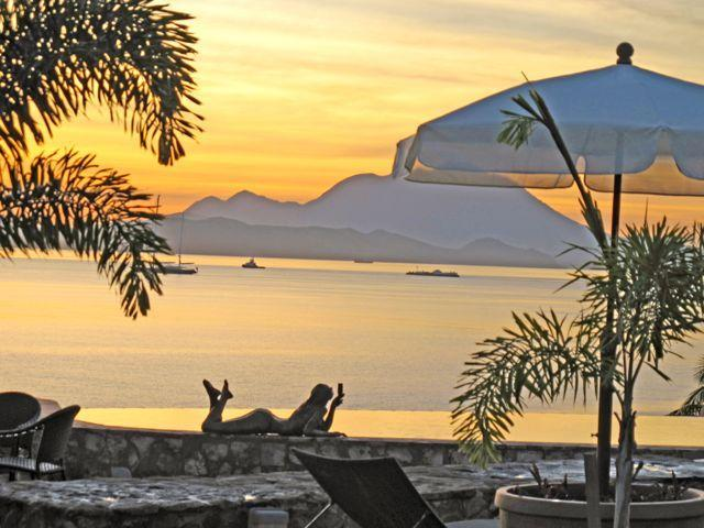 Sunset at pool - Romantic cottage, luxury pool/jacuzzi, ocean view - Basseterre - rentals