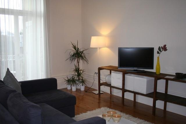 Apartment in Oporto 51 - managed by travelingtolisbon - Image 1 - Porto - rentals