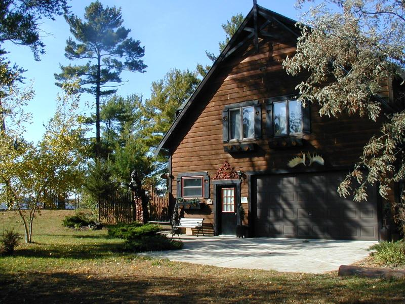 Valhalla on Castle Rock Lake, near WI Dells - Image 1 - Arkdale - rentals
