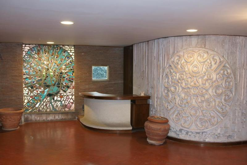 THE ELEGANT BUILDING'S RECEPTION - Vatican, PENTHOUSE with Terrace, Air Cond, Wifi - Rome - rentals