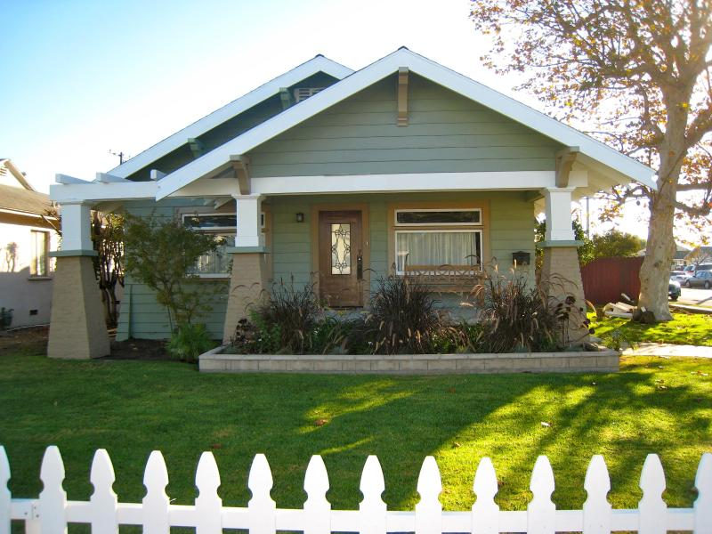 Welcome! One-Of-A-Kind Arts and Crafts Bungalow - New Listing,Arts&Craft Bungalow,Walk to Disneyland - Anaheim - rentals