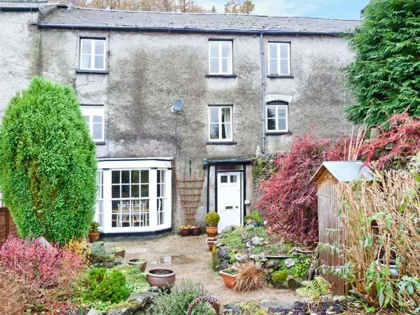 1 NEWLAND HOUSE, grade II listed, woodburning stove, family-friendly, in - Image 1 - Newland Near Ulverston - rentals