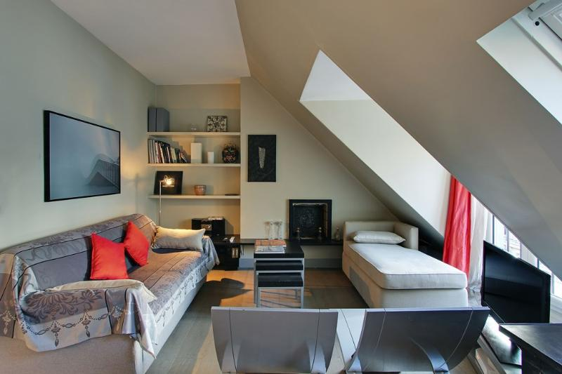 Exceptional One Bedroom Paris View Saint Sulpice - Image 1 - Paris - rentals