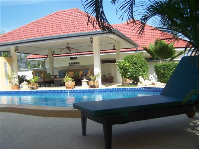 Villas for rent in Cha-Am: V5320 - Image 1 - Cha-am - rentals