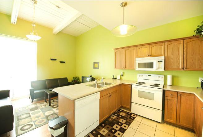 Kitchen - Superior 1 - Niagara Falls - rentals