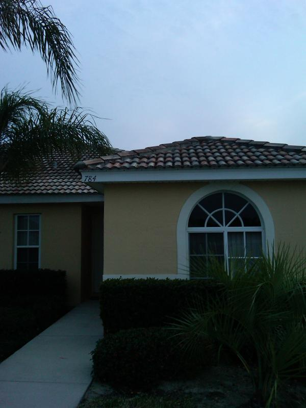 Villa Front - 3 Bed private townhouse with conservation views - Poinciana - rentals