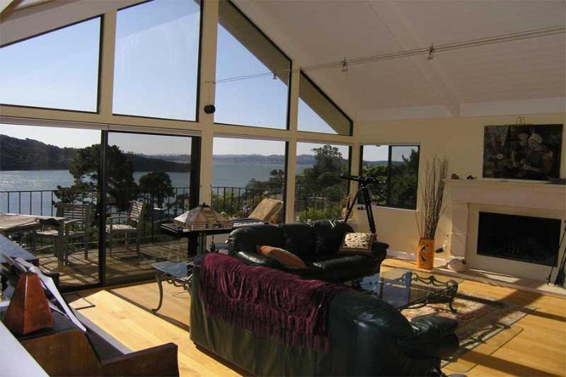 Salon - Stunning San Francisco Bay Views from Every Room! - Tiburon - rentals