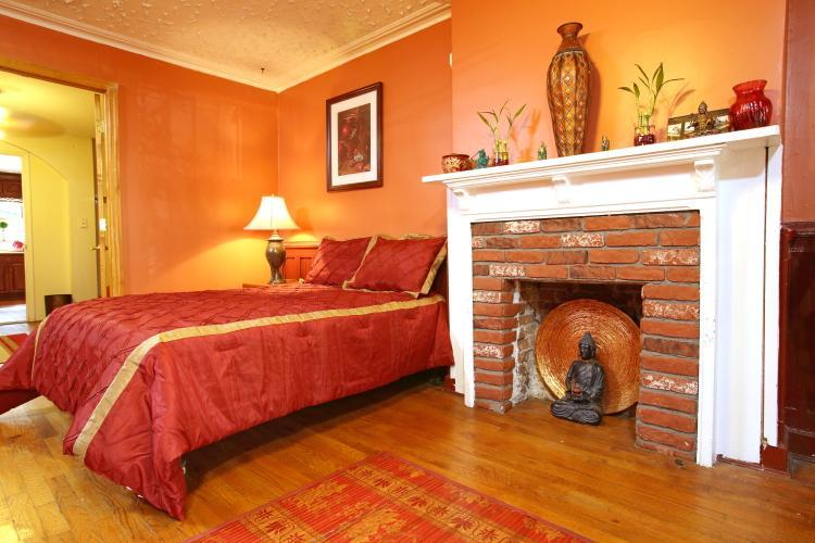 "ASIAN ROOM - ""The Brownstone"" - Brooklyn - rentals"