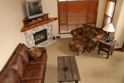 Living Room - Woodhaven Townhouses - 32 - Sun Peaks - rentals