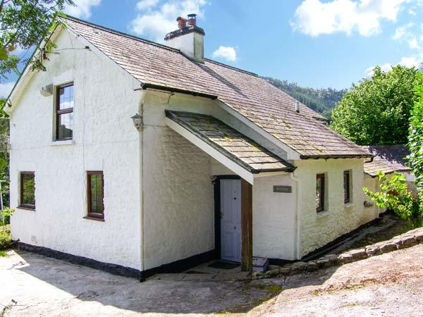 WERN, character cottage, woodburner, country views, near Llandovery, near Llandovery Ref 14850 - Image 1 - Llandovery - rentals