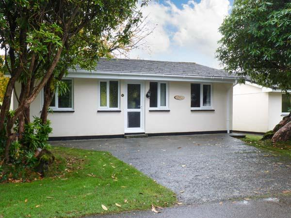 RIVER RETREAT, family friendly, country holiday cottage, with a garden in Liskeard, Ref 18773 - Image 1 - Liskeard - rentals