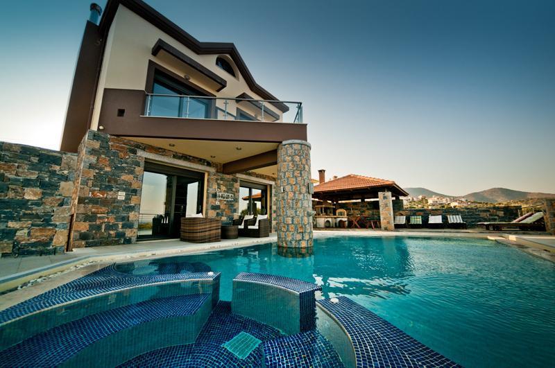 4 bedroom Villa St Nicolas in Agios Nikolaos - Image 1 - Agios Nikolaos - rentals