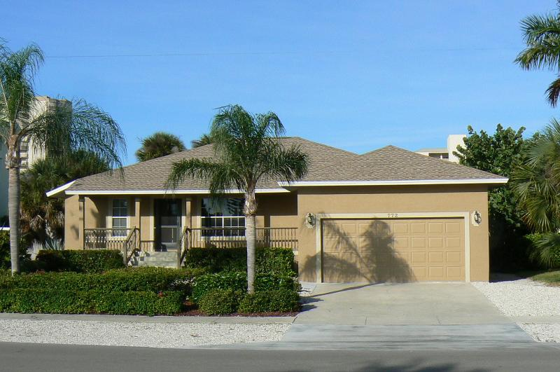 Front of house - Walk to South Beach - Marco Island - rentals