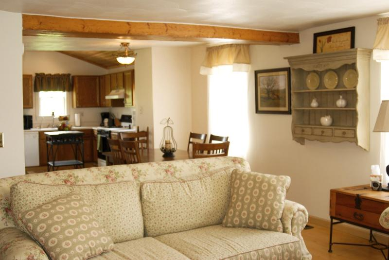 Living Room - MHE Country House FALL DISCOUNTS NOW AVAILABLE!!! - Mansfield - rentals