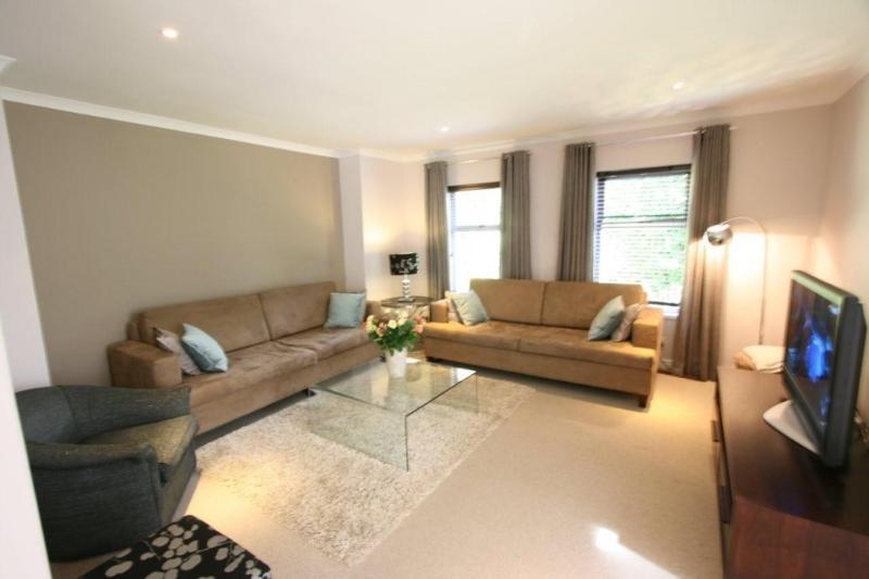 WALLOON VILLA - Image 1 - Cape Town - rentals