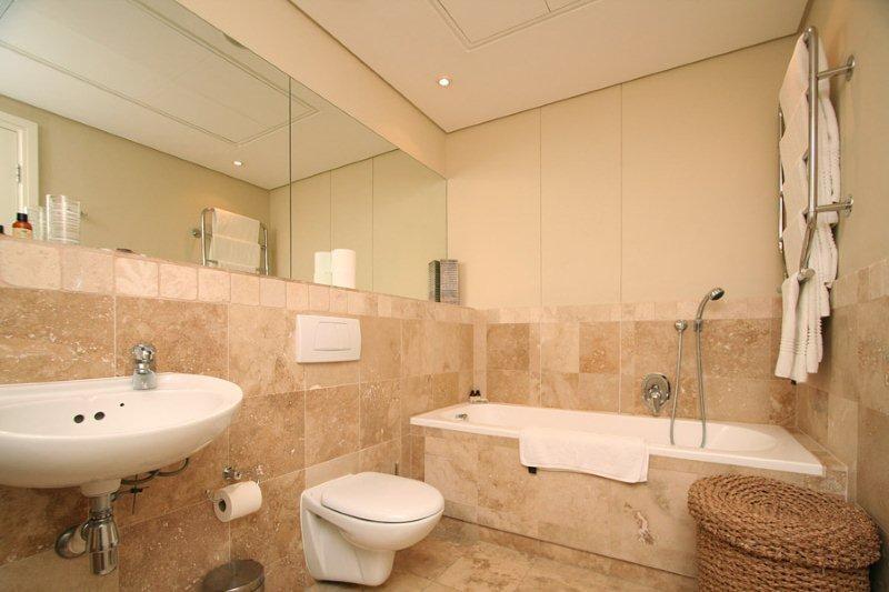 APARTMENT 3 BED - ELLESMERE 001 - Image 1 - Cape Town - rentals