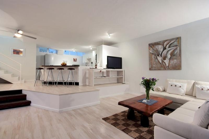 ISADORA HEIGHTS 3 - Image 1 - Cape Town - rentals