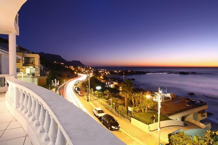 APARTMENT 3 BED - CLIFTON COURT VIEWS - Image 1 - Cape Town - rentals