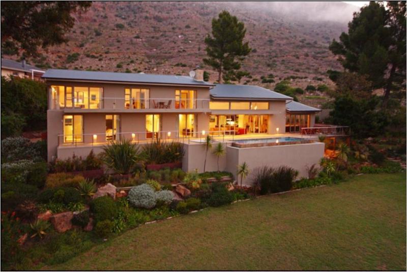 SWAANSWYK VIEWS - Image 1 - Cape Town - rentals