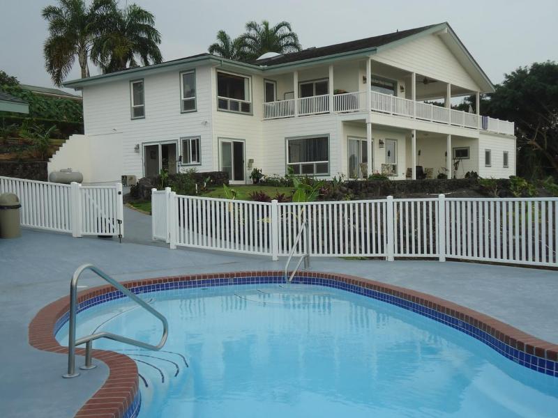 View of our house and downstairs units from the pool area - 2 bedroom unit Kailua, Kona Heavens Big Island HI - Kailua-Kona - rentals