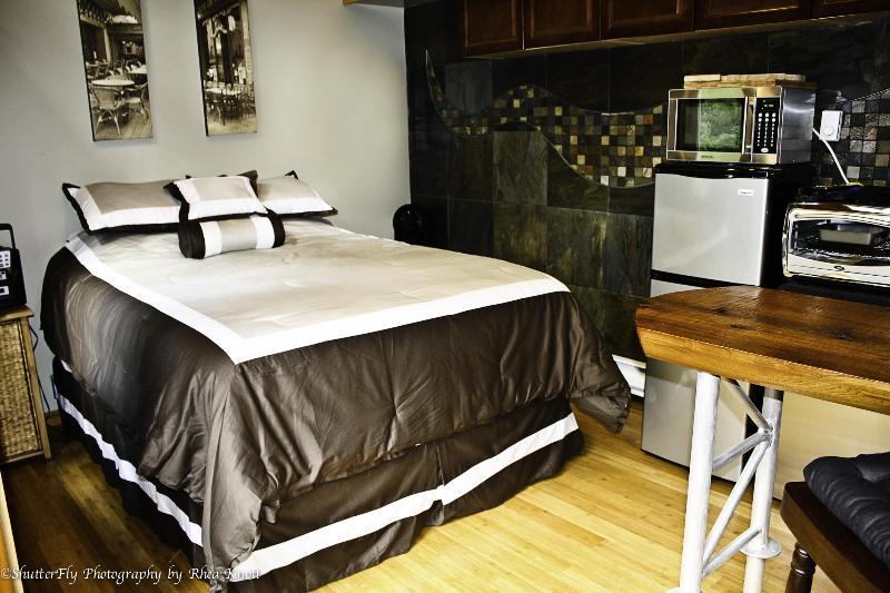 cottage style suite - Kozy Corner Bed & Breakfast - Ladysmith - rentals