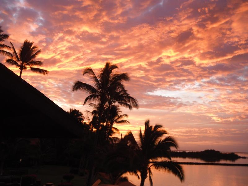 Sunrise at Molokai Shores - MOLOKAI SHORES OCEANFRONT,  SPECIAL DEAL RIGHT NOW - Kaunakakai - rentals