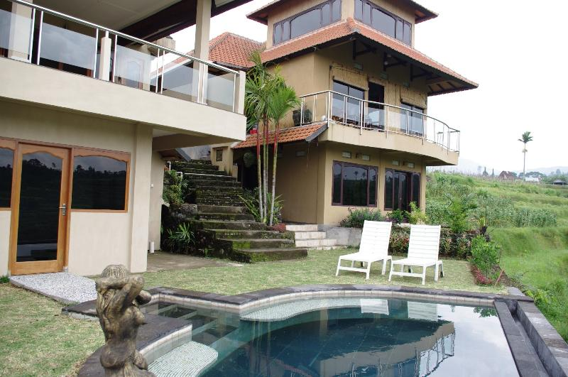 Across the pool - Shangrilah Villas - Villa DaMel - Central Bali - Baturiti - rentals