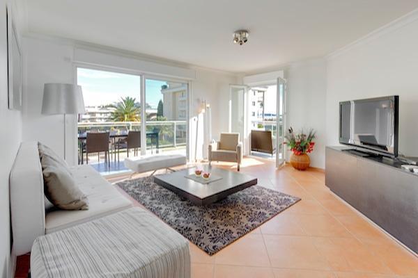 Juan Flore-Gorgeous 2 Bedroom Nice Apartment with Outdoor Patio - Image 1 - Juan-les-Pins - rentals