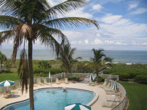 This is the view from this fabulous condo! Photo taken from the lanai. - Right on the Beach with Extraordinary Views! - Siesta Key - rentals