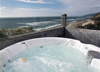 Hot tub View - Pirates Lookout -Oceanfront w/ Hot Tub - Lincoln City - rentals