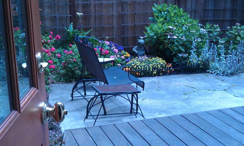 Lovely Garden Suite with Easy Access to all of S.F - Image 1 - San Francisco - rentals