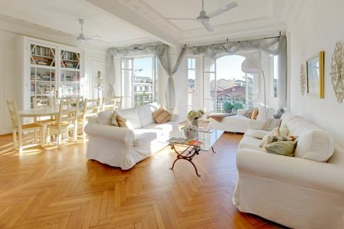 Ivy- Stunning 3 Bedroom Nice Apartment with Amazing Views from Terrace - Image 1 - Nice - rentals