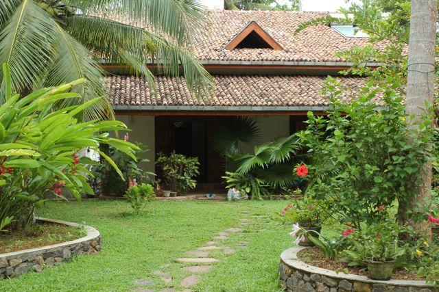 front of the house - 2 bedroom villa in Unawatuna - Unawatuna - rentals