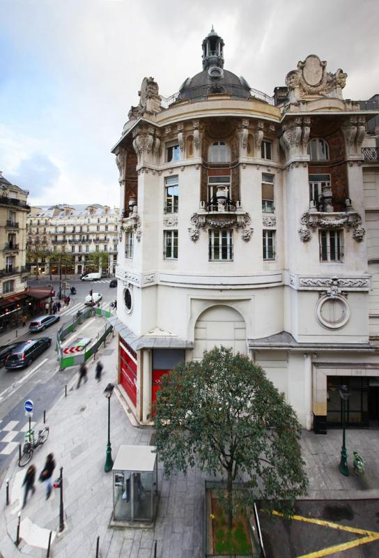 North Paris - 3 bedrooms appt - Image 1 - Paris - rentals