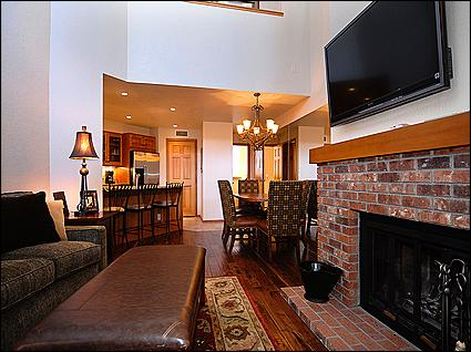 Open Living Area - Complete Remodel - Ski-in/Ski-out (2876) - Snowmass Village - rentals