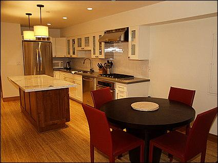 Kitchen and Dining area - Beautiful new remodel - Great Location! (4584) - Aspen - rentals