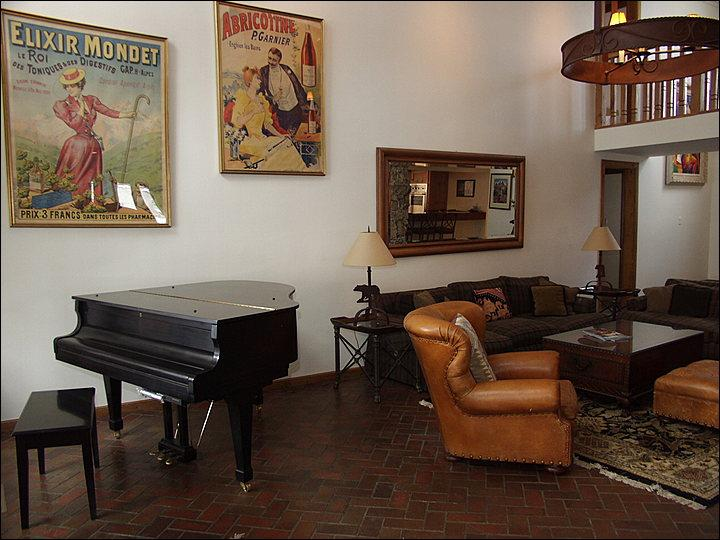 Living Room with Grand Piano - Classic West End Home in residential neighborhood - 2 Master Suites (6668) - Aspen - rentals