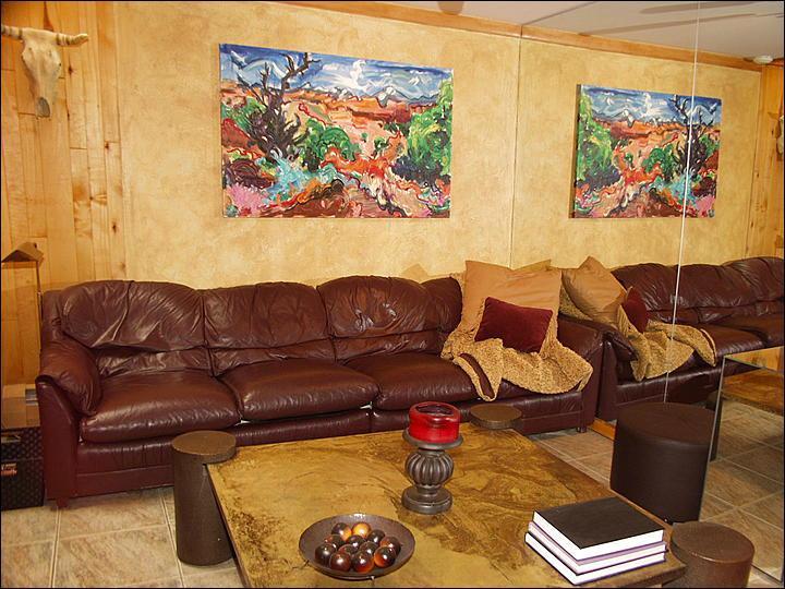 Living Room - Walking distance to restaurants and shops - Value Lodging in Aspen Core (8010) - Aspen - rentals