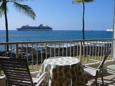 Lanai for sunsets, tanning, dining or drinks - Recently Remodeled  - KONA REEF- Ocean Front!!! - Kailua-Kona - rentals