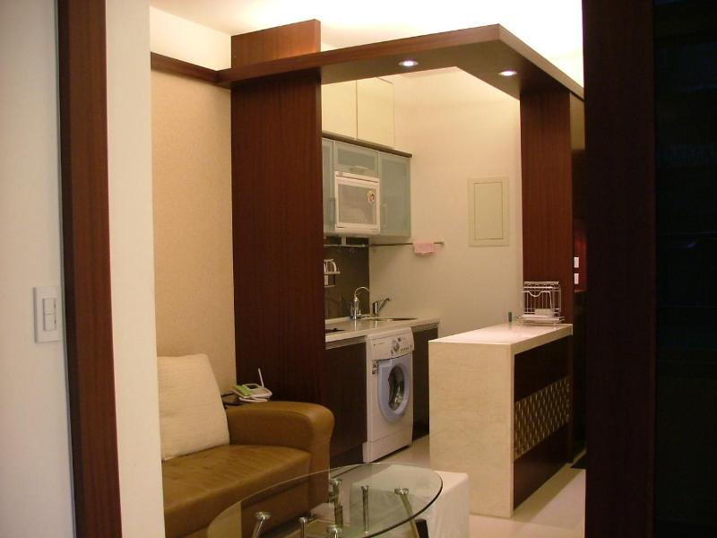 Living Room - City Center Loft Apartment 1min MRT for 3~5 pax - Taipei - rentals
