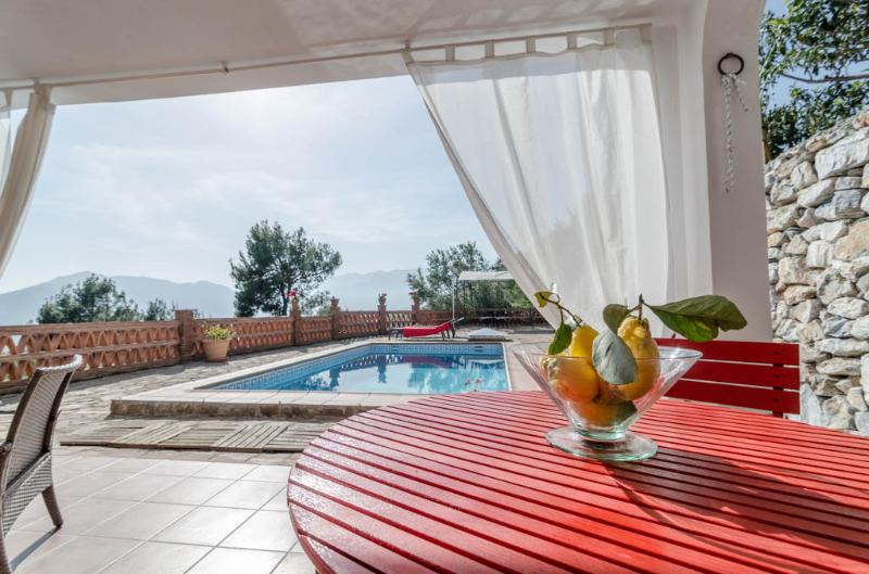 Outside dinning table with pool and sea view - Cottage with Private Swimming Pool and Sea View - Province of Granada - rentals