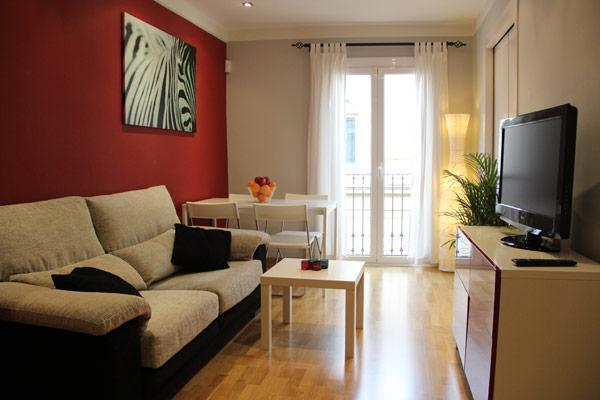 City Centre Location, mins to Worldfamous RAMBLAS - Image 1 - Barcelona - rentals