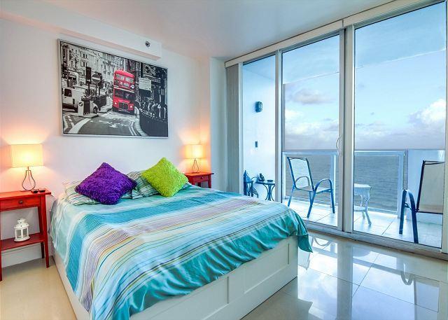 Splendid OCEAN VIEW 1 BR with BALCONY - Image 1 - Miami Beach - rentals