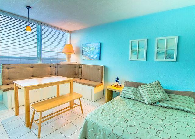 Pleasing Studio with OCEAN VIEW - Image 1 - Miami Beach - rentals