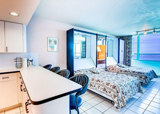 Comfortable Studio OCEAN VIEW - Image 1 - Miami Beach - rentals