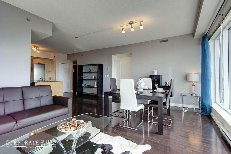 Montreal Turquoise 2BR Business Apartment - Image 1 - Montreal - rentals