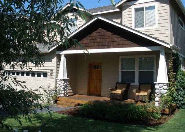 The TrailHead - Westside favorite with a hot tub - Perfect for skiing, biking and golf! - Bend - rentals