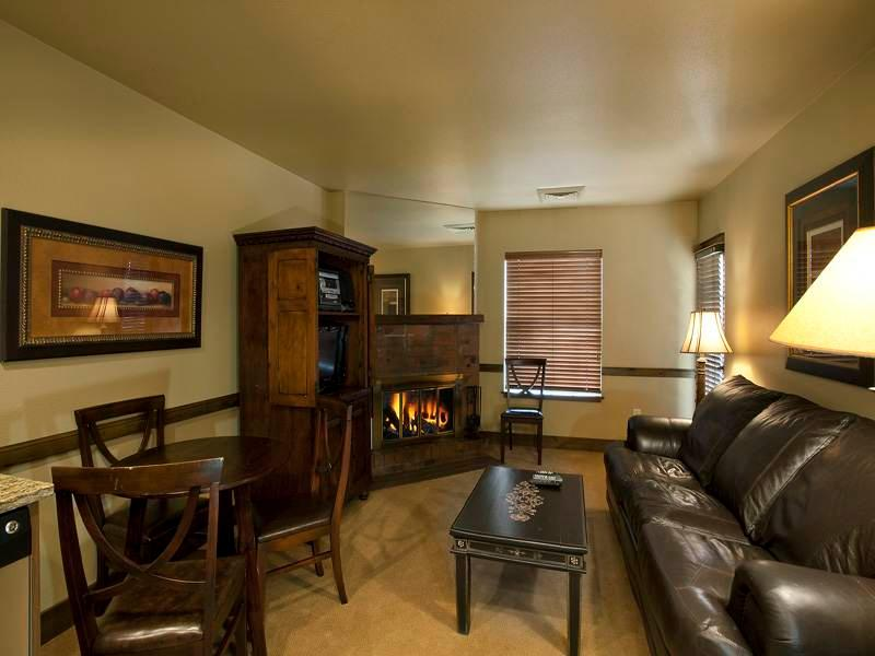Copperbottom Inn #101 - Image 1 - Park City - rentals